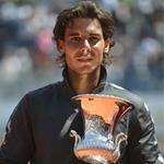 Thể thao - Video: Nadal nhận cúp Rome Masters