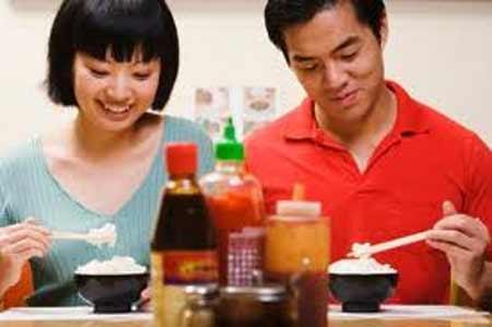 Ăn mặn: thói quen nguy hiểm cho tim - 1