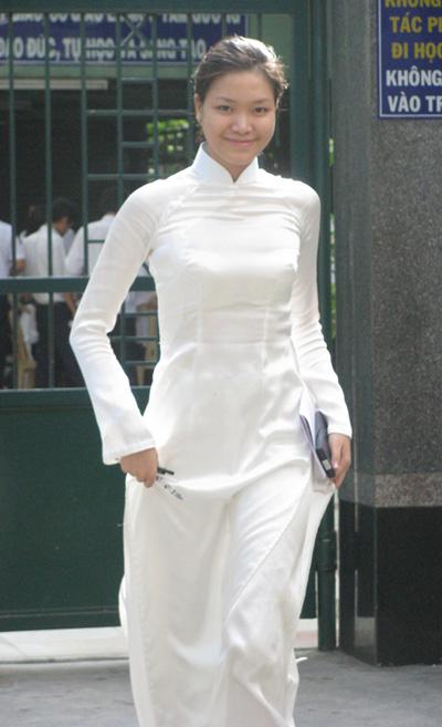Ngắm lại nhan sắc Việt thời áo trắng - 2