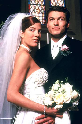 Top váy cưới đi vào lịch sử Hollywood - 16
