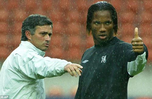 Drogba rời Chelsea: Tạm biệt người hùng - 2