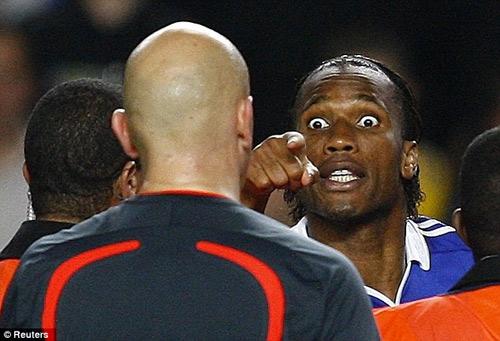 Drogba rời Chelsea: Tạm biệt người hùng - 4