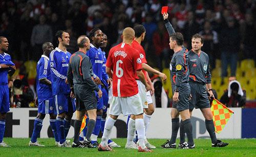 Drogba rời Chelsea: Tạm biệt người hùng - 5