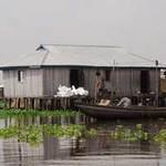 Du lịch - Ngôi làng trên hồ độc đáo ở châu Phi