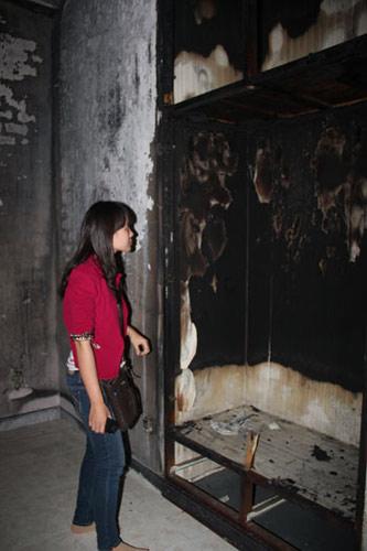 """Diễn biến mới nhất vụ bé gái """"gây cháy"""" - 2"""