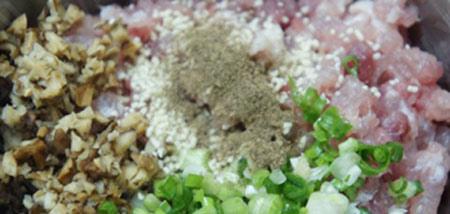Măng cuốn thịt hấp lạ miệng ngon cơm - 5