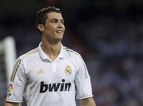 Ronaldo: Sân khấu Euro là của anh - 1
