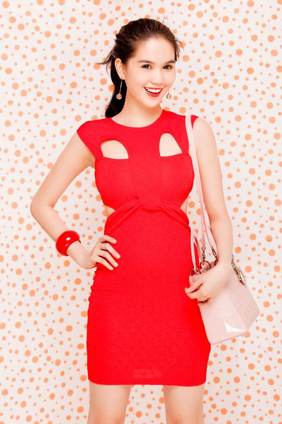 Ngọc Trinh tung hoành váy ngắn - 8