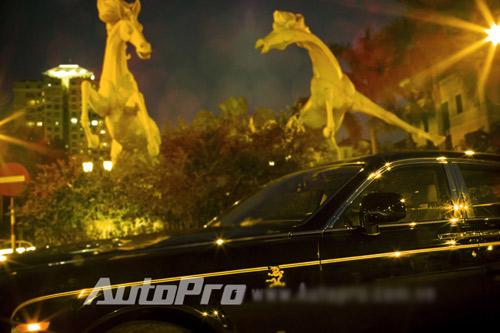 """""""Choáng"""" chiếc Rolls Royce Rồng thứ 5 là """"Rồng Việt"""" - 6"""