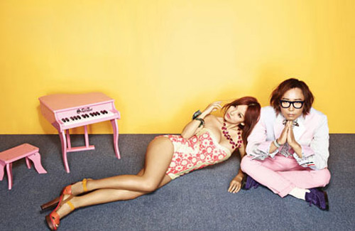 Lee Hyori vén áo gợi cảm - 7
