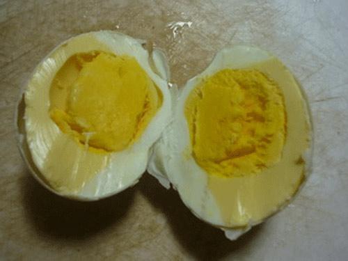 Lại xuất hiện trứng dỏm? - 3