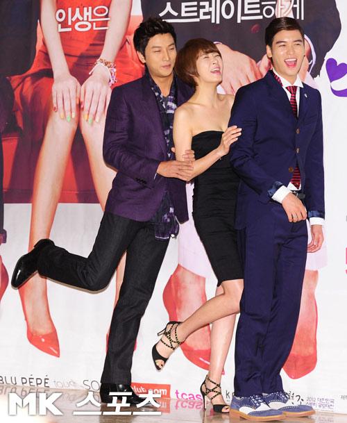 "Kim Sun Ah sexy ""cao tay"" - 8"