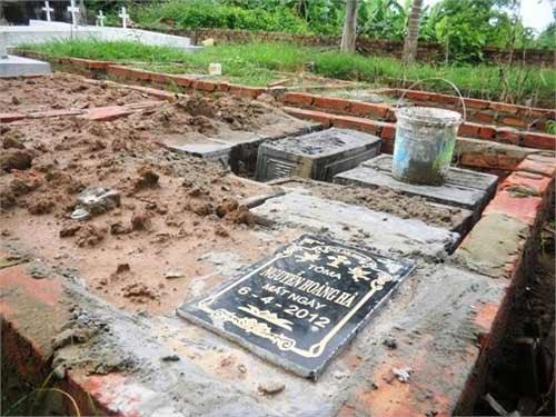 Xót xa nghĩa trang chôn 5 vạn hài nhi - 2