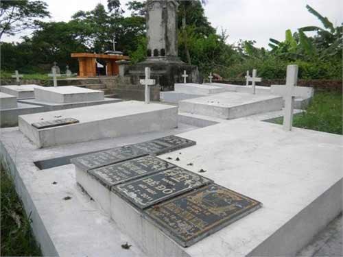 Xót xa nghĩa trang chôn 5 vạn hài nhi - 5