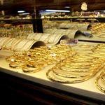 """Tài chính - Bất động sản - Sau """"chết hụt"""", vàng tăng bất thường"""
