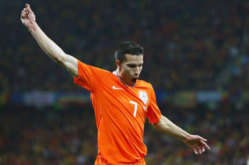 """Đường tới Euro 2012: """"Tốc hành"""" như Hà Lan - 2"""