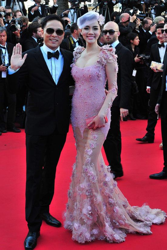 """Cannes: Sao Việt """"so găng"""" với sao ngoại - 5"""