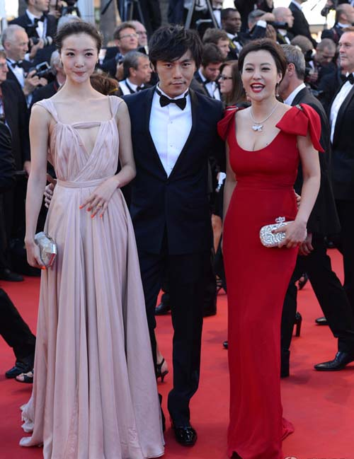 """Cannes: Sao Việt """"so găng"""" với sao ngoại - 18"""