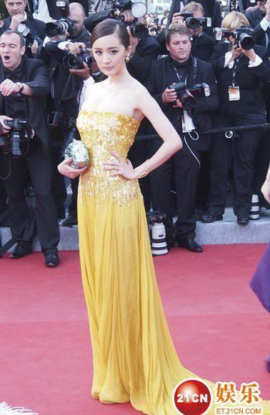 """Cannes: Sao Việt """"so găng"""" với sao ngoại - 15"""