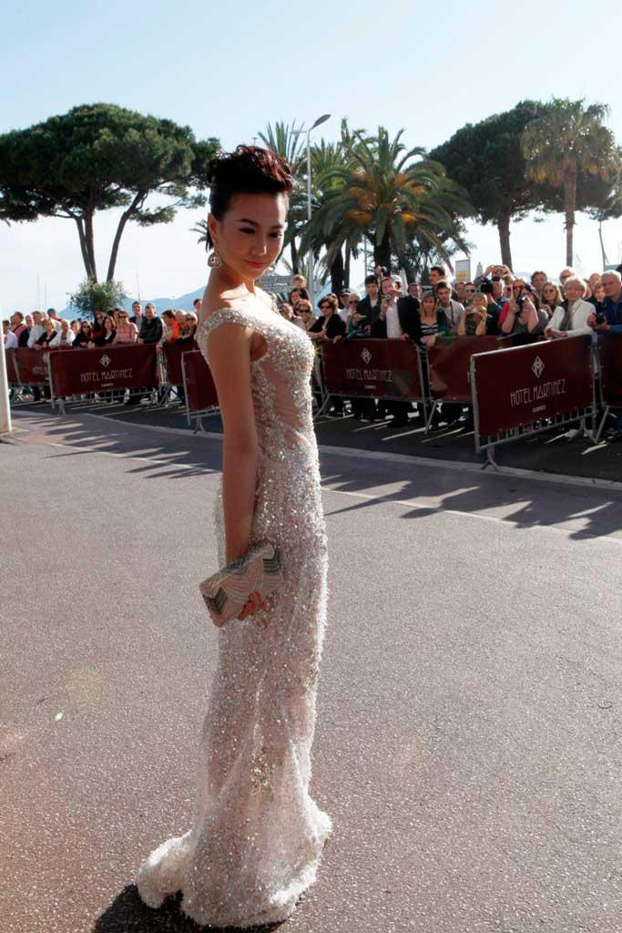 """Cannes: Sao Việt """"so găng"""" với sao ngoại - 8"""