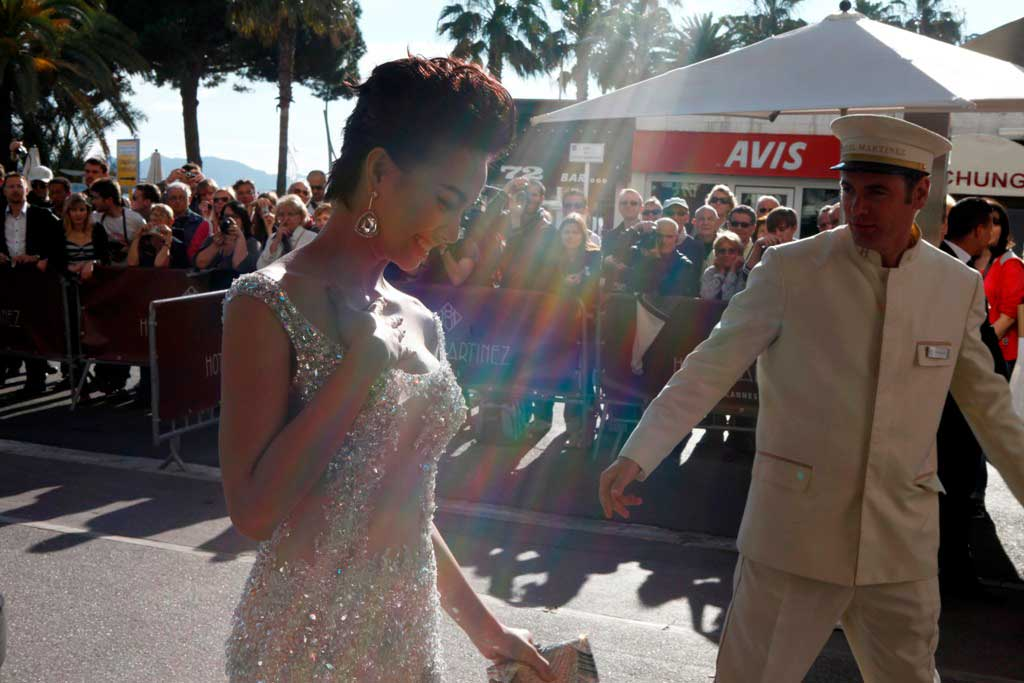 """Cannes: Sao Việt """"so găng"""" với sao ngoại - 9"""