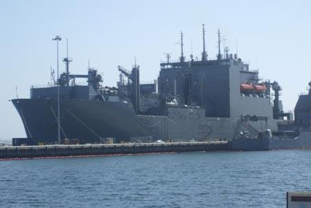 Tìm hiểu tàu Hải quân Mỹ sửa ở Cam Ranh - 2