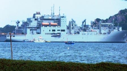 Tìm hiểu tàu Hải quân Mỹ sửa ở Cam Ranh - 6