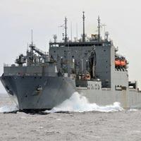 Cận cảnh tàu hải quân Nhật, Mỹ thăm Cam Ranh - 14
