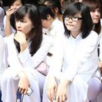 Teen Chuyên Ngữ bịn rịn ngày chia tay