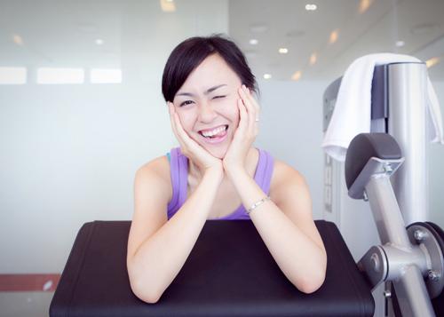 """""""Tóm"""" Miss Teen Linh Hàn đi tập thể dục - 12"""