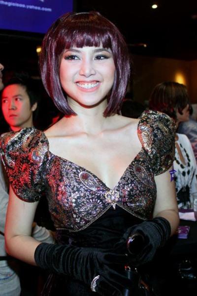 Người đẹp Việt kém duyên với tóc giả - 10