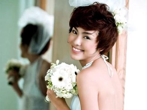 Người đẹp Việt kém duyên với tóc giả - 5