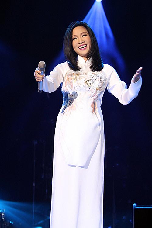 Người đẹp Việt kém duyên với tóc giả - 3