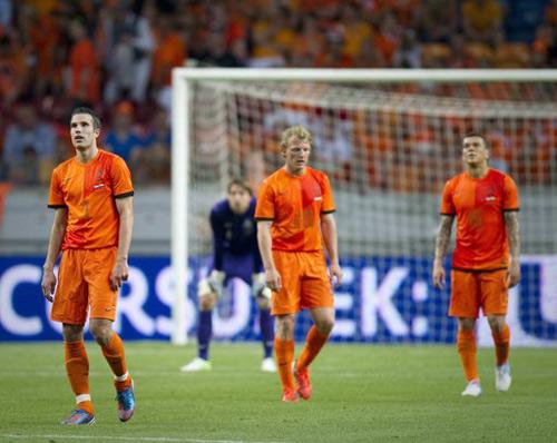 Euro 2012: Báo động cho Đức và Hà Lan - 2