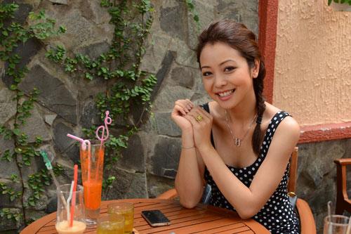 Jennifer Phạm khoe tên người yêu - 3
