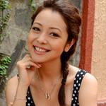 Thời trang - Jennifer Phạm khoe tên người yêu