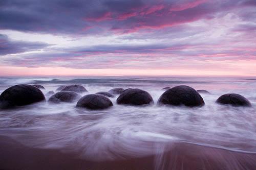 Bí ẩn những bãi đá tròn kỳ lạ - 2