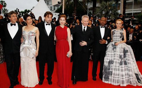 Tò mò ngắm sao trên thảm đỏ bế mạc Cannes - 5