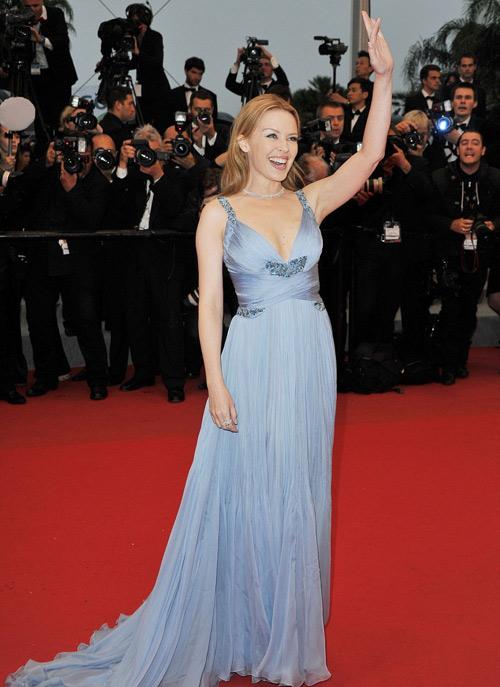 Tò mò ngắm sao trên thảm đỏ bế mạc Cannes - 10