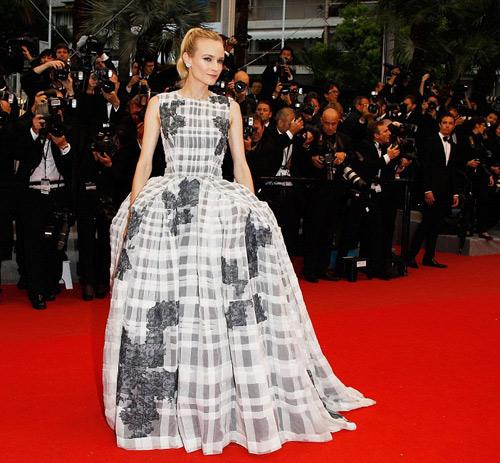 Tò mò ngắm sao trên thảm đỏ bế mạc Cannes - 2
