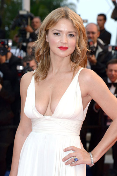 Tò mò ngắm sao trên thảm đỏ bế mạc Cannes - 9