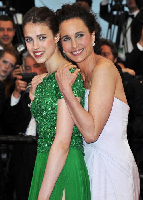 Tò mò ngắm sao trên thảm đỏ bế mạc Cannes - 21