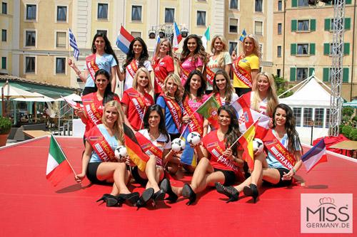 Người đẹp Nga là Hoa hậu EURO 2012 - 2