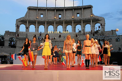 Người đẹp Nga là Hoa hậu EURO 2012 - 3