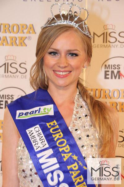 Người đẹp Nga là Hoa hậu EURO 2012 - 9