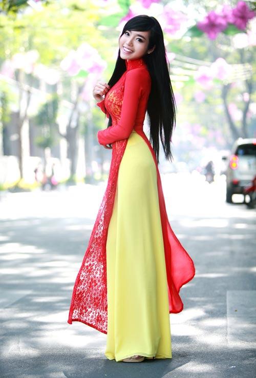 Elly Trần được so sánh với Dabora - 16