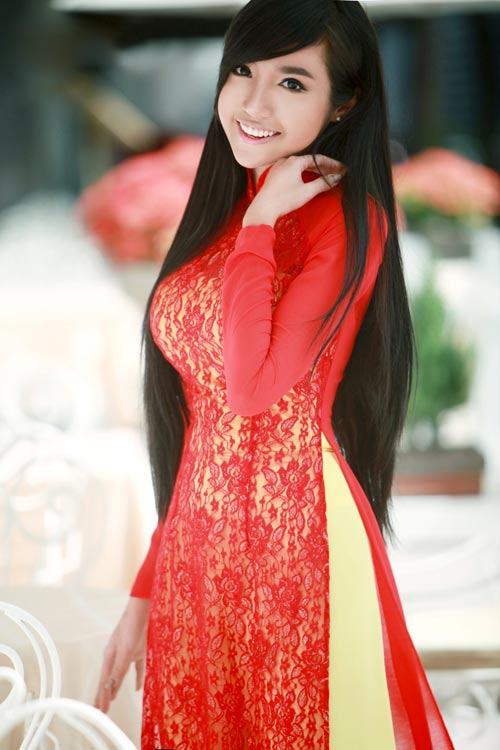 Elly Trần được so sánh với Dabora - 17