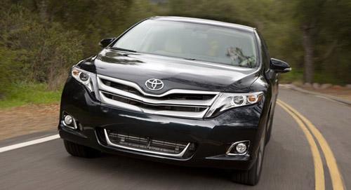 Toyota Venza tăng giá từ 5,6 đến 33 triệu đồng - 1
