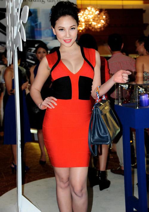 Ngắm Quỳnh Thư mặc đẹp cho dáng chữ nhật - 11