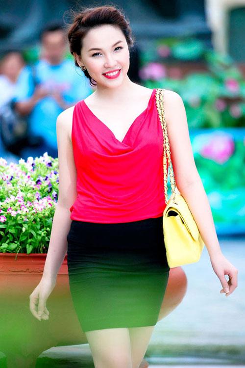Ngắm Quỳnh Thư mặc đẹp cho dáng chữ nhật - 16